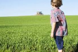 Des enfants exposés à des centaines de résidus pesticides Le Mond